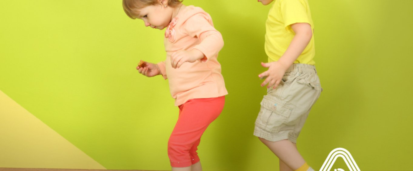 Why Young Kids Learn Through Movement >> Developing Fundamental Movement Skills At A Young Age Amaven Blog
