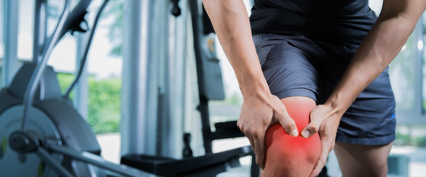 Man with knee doms