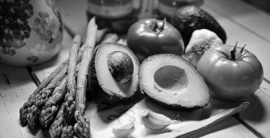 Asparagus, Avocados, Tomatoes & Garlic Cloves